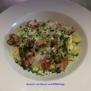 gnocchi - pfifferlinge